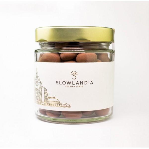 Mandle v mliečnej čokoláde so škoricou Slowlandia 250g