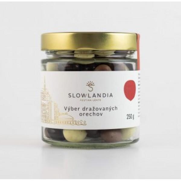 Výber dražovaných orechov v čokoláde Slowlandia 250g
